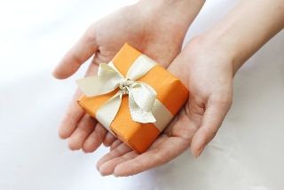 サンプルは受注というプレゼントをもたらす