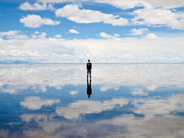 ボリビアのウユニ湖