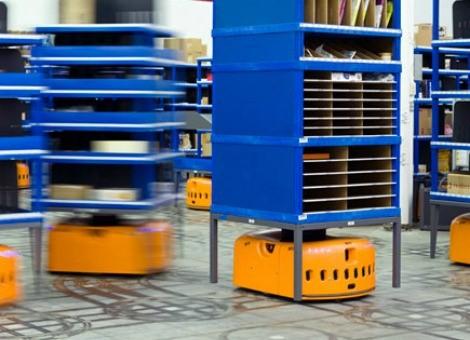 図12 アマゾンのKIVAロボット(ウィキペディアより)
